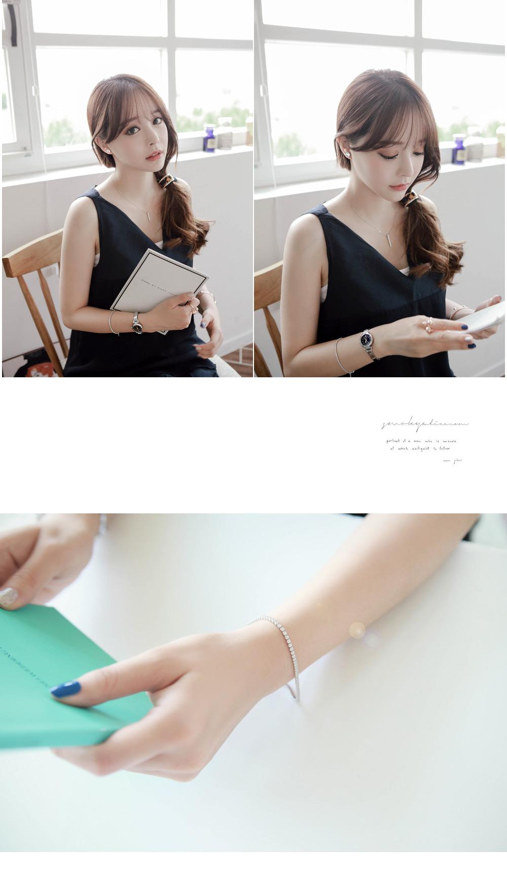 [ 4xtyle ] Sharp Cubic Line Silver Bracelet, One color