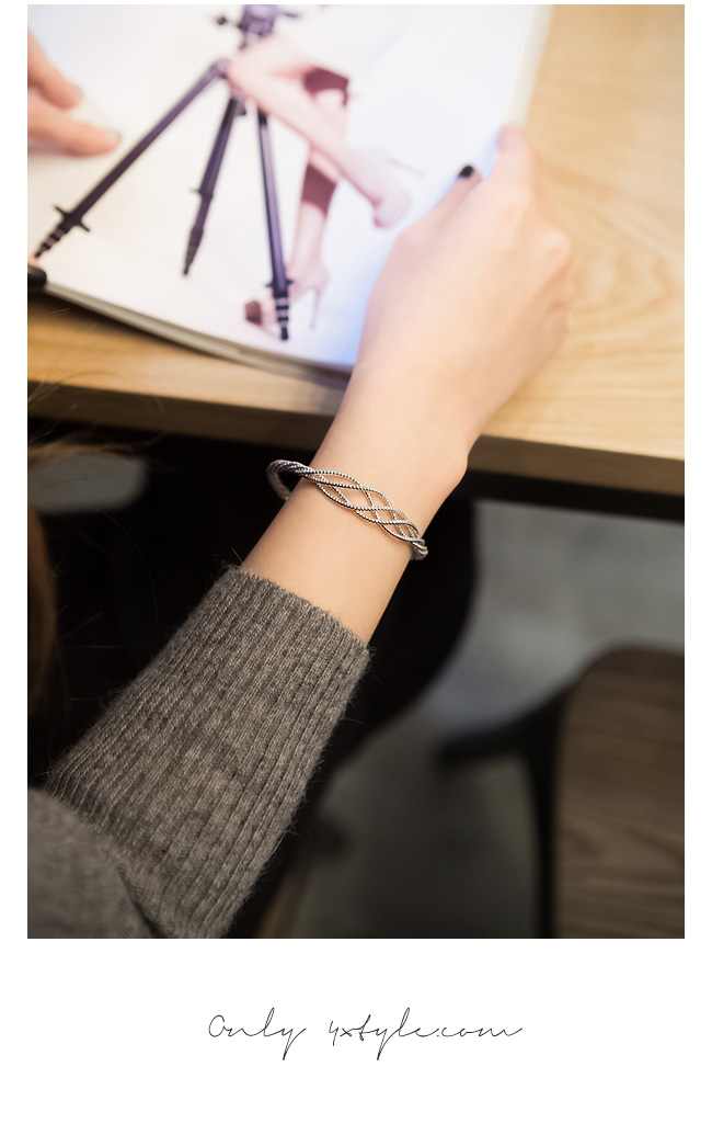 [ 4xtyle ] MUSTHAVE BRACELET