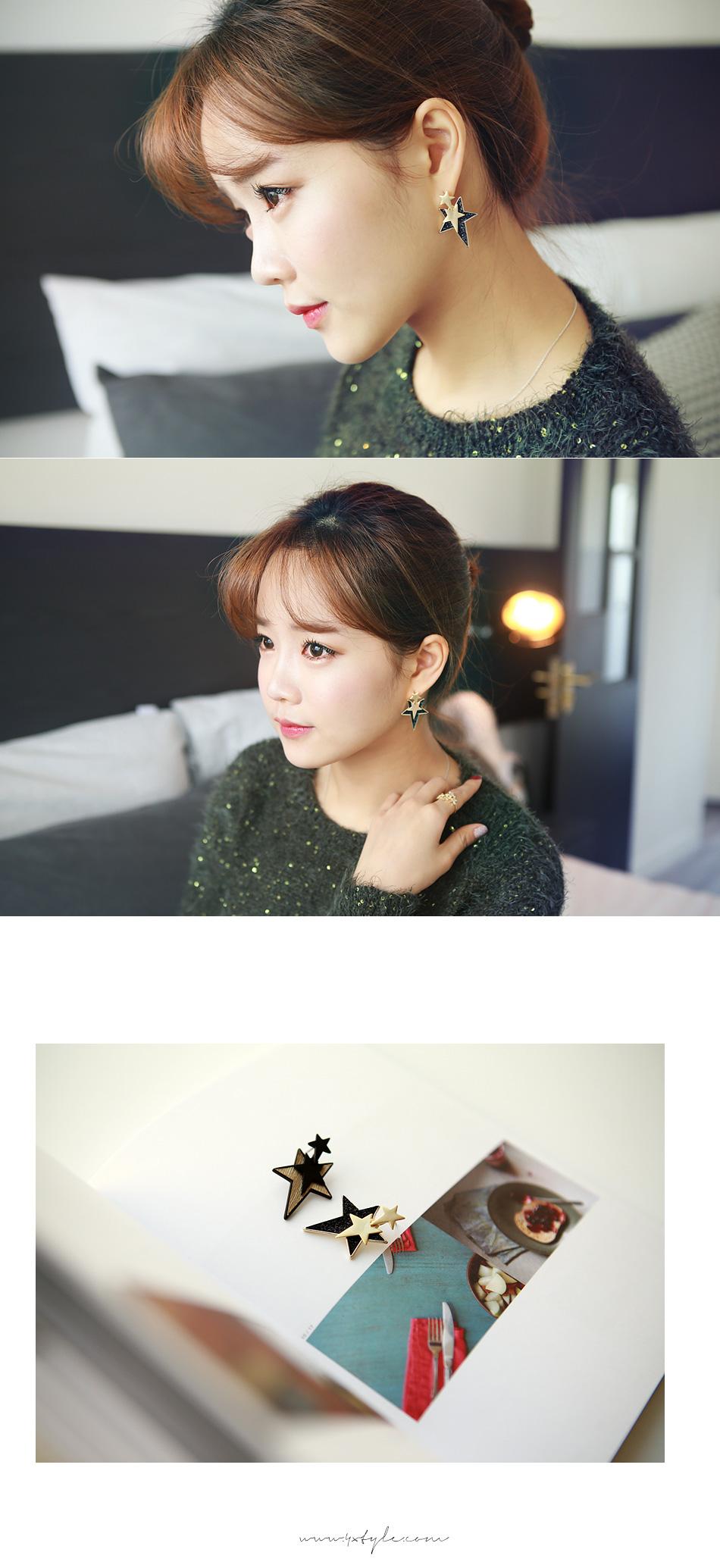 [ 4xtyle ] Triple Black Star Earring, 2 Colors