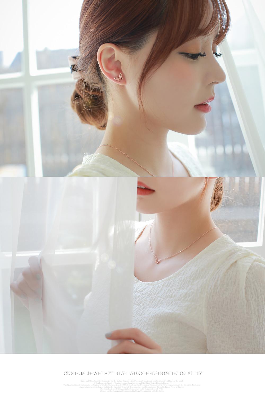 [ 4xtyle ] [银]牛奶蝴蝶耳环(ROSEGOLD)