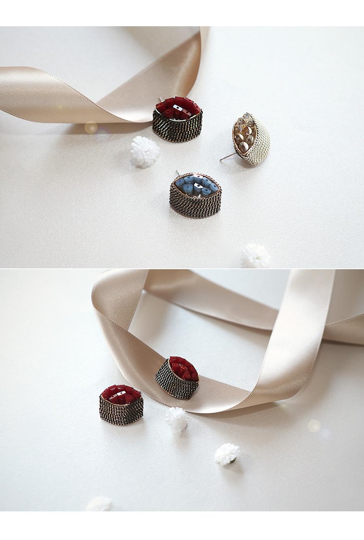 [ 4xtyle ] [HANDMADE] [SILVER] MAPLE CRYSTAL CHAIN EARRING