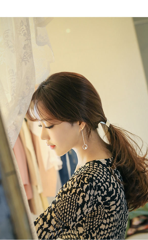 [ 4xtyle ] [SILVER] ROND UNBALANCED EARRING(ROSEGOLD)