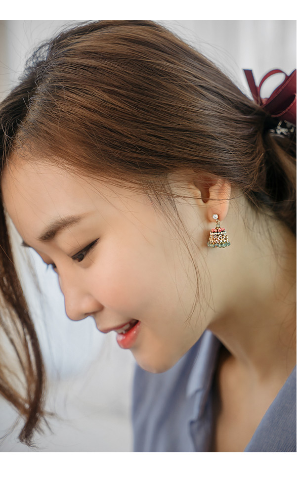 [ 4xtyle ] [HANDMADE] [SILVER] SPARKLING EARRING