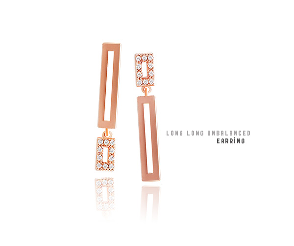 [ 4xtyle ] [SILVER] LONGLONG SQUARED UNBALANCE EARRING(ROSEGOLD)