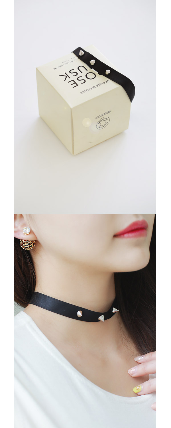 [ 4xtyle ] Stud Choker Necklace, One Color