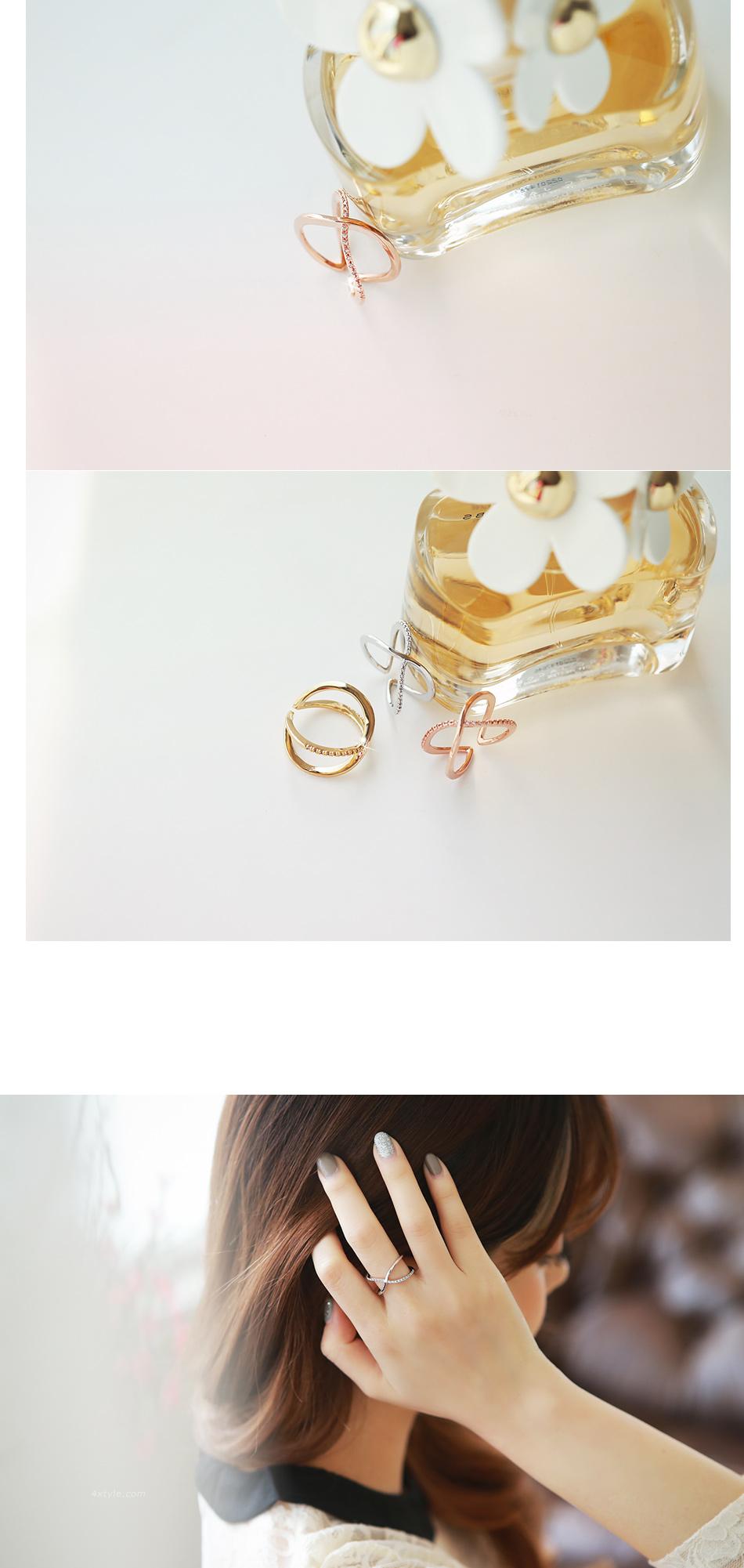 [ 4xtyle ] Women Cubic X Line Ring, 3 colors