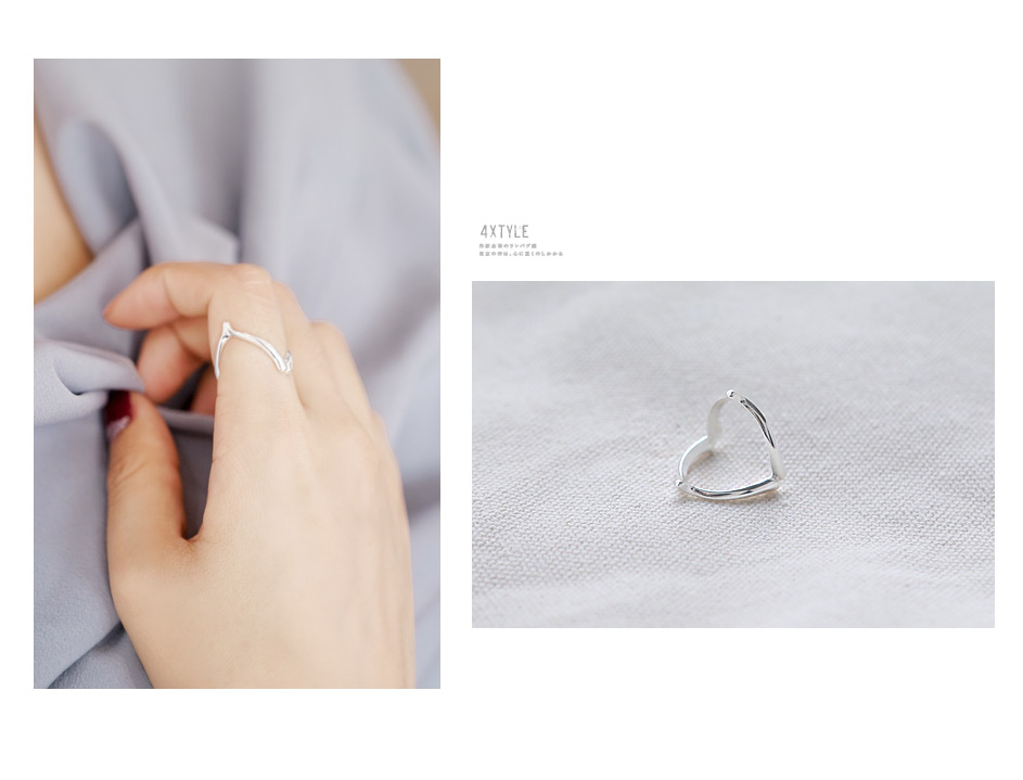 [ 4xtyle ] V Line Silver Ring, One Color