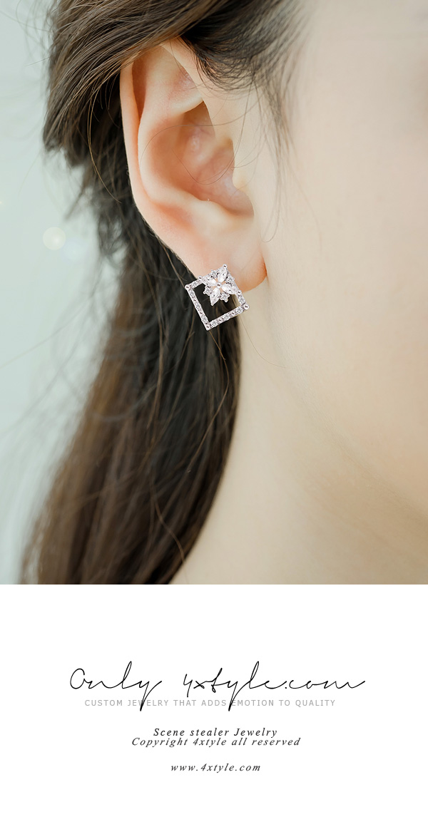 [ 4xtyle ] [SILVER]IRIS SQUARED EARRING